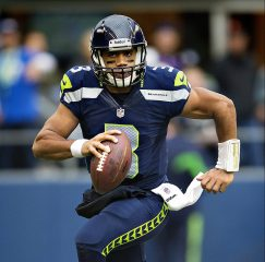 Seattle Seahawks Secure A Late Win On Monday Night Football Against The Vikings, 21-7