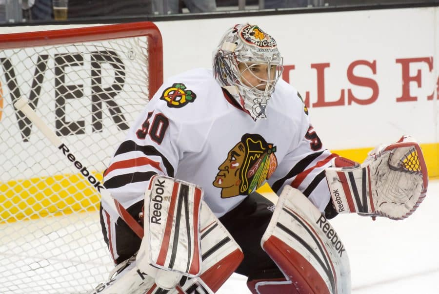 Chicago Blackhawks Come Back in the Final Five Minutes to Beat Edmonton Oilers, 4-3
