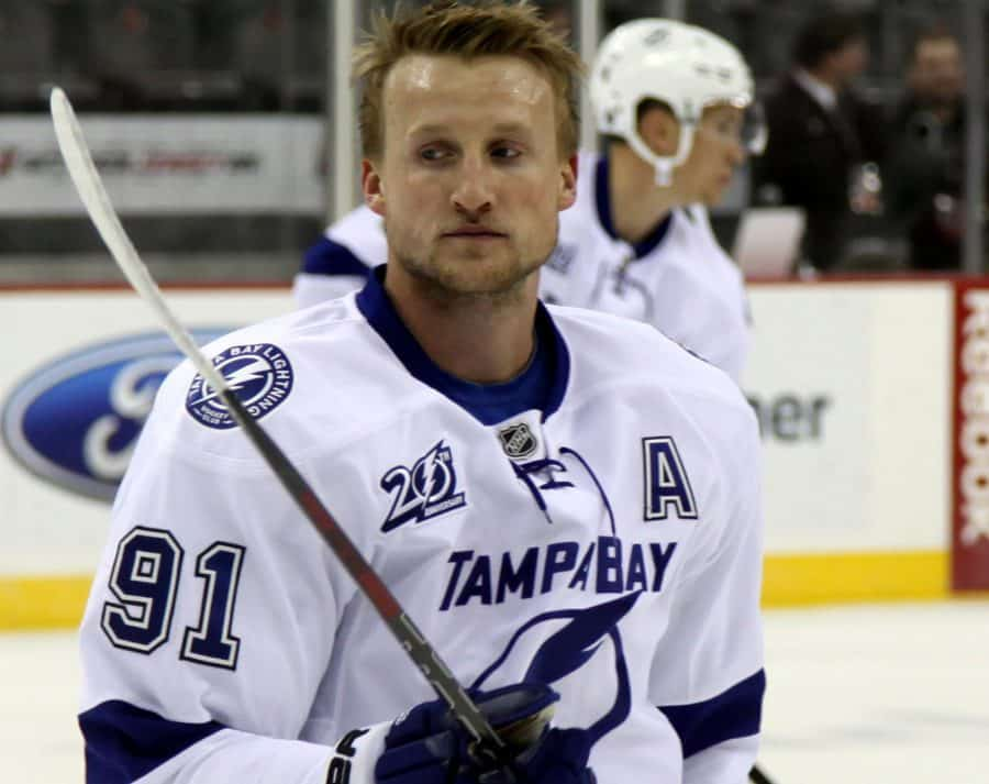 Tampa Bay Lightning Wins Game 3, Steven Stakmos Scores in his Comeback, 5-2