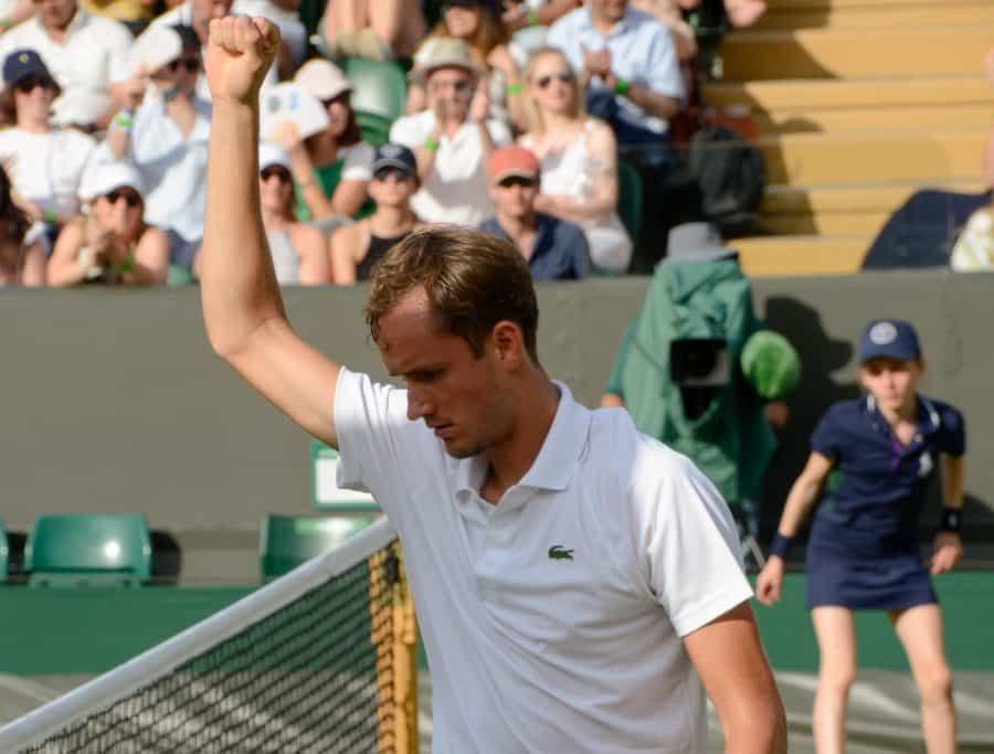 Daniil Medvedev in AO Finals, Routinely Blasts Stefanos Tsitsipas, 3-0