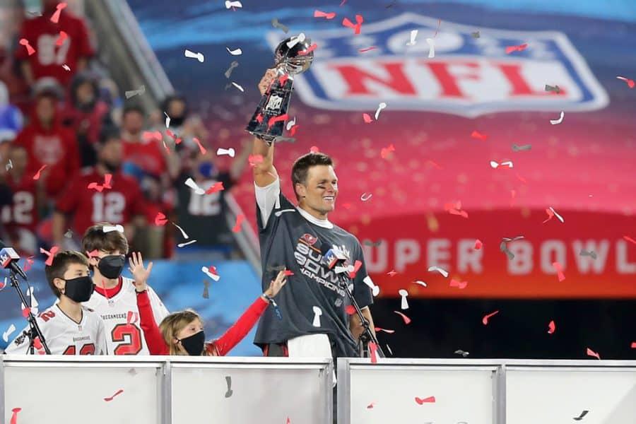 Tampa Bay Buccaneers Win the Super Bowl, Defense Shuts Down Mahomes